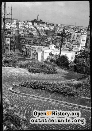 Lombard near Hyde,Aug 1945