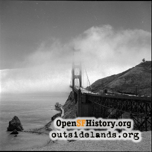 Golden Gate Bridge,1960