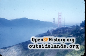 Golden Gate Bridge,1952