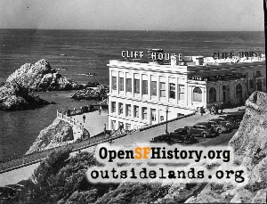 Cliff House,1945