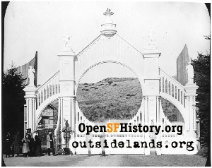 Entry Gate, Sutro Heights,1900c