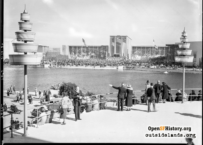 Federal Building, viewed from across the Lake of the Nations at 1939 World's Fair on Treasure Island, March 30, 1939.