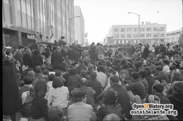 Protesters in front of State of California Building, March 15, 1965.