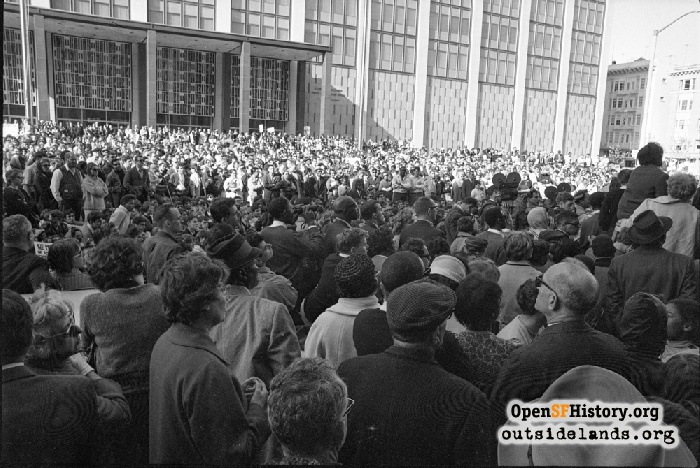 Big crowd in front of Federal Building for protest rally, March 15, 1965.
