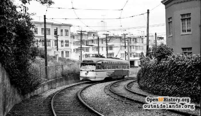 J-Church streetcar entering private right-of-way south of Dolores Park, June 2, 1962.