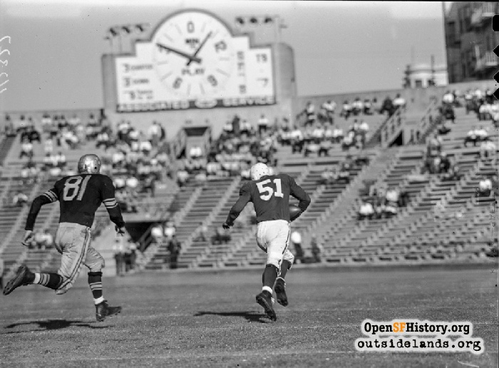 49er right end Bob Titchenal running for 42-yard TD reception against Brooklyn Dodgers, September 22nd 1946.