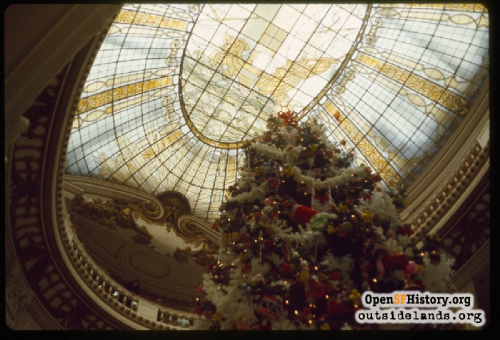 Christmas tree under the dome of the City of Paris department store, January 1974.
