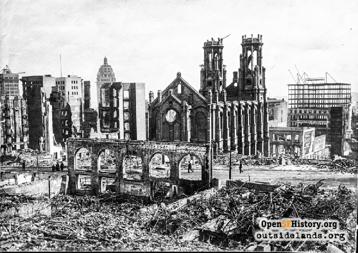 Ruins of Temple Emanu-El after the 1906 earthquake.