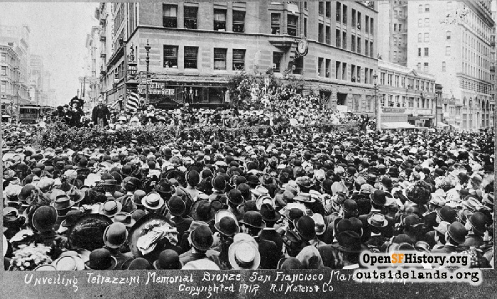 Dedication of Tetrazzini bronze on fountain, March 24, 1912.
