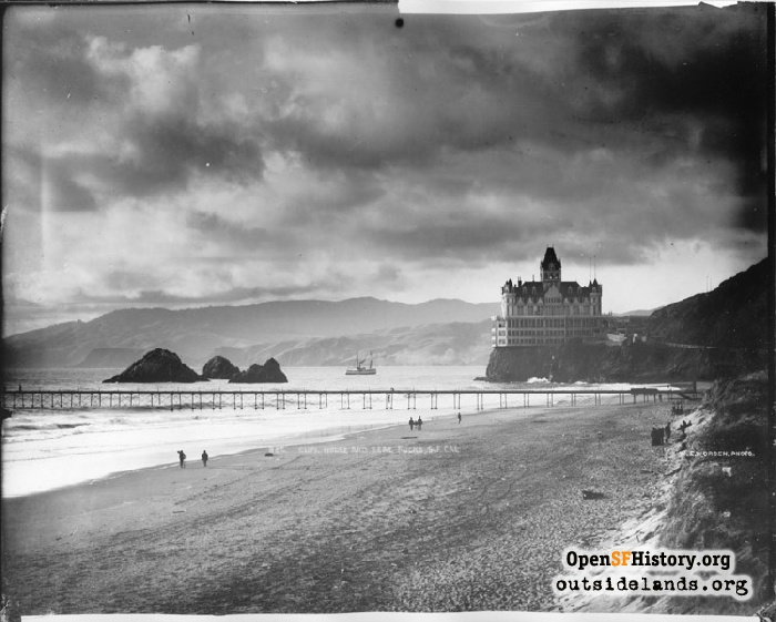 Cliff House and Seal Rocks, circa 1900.
